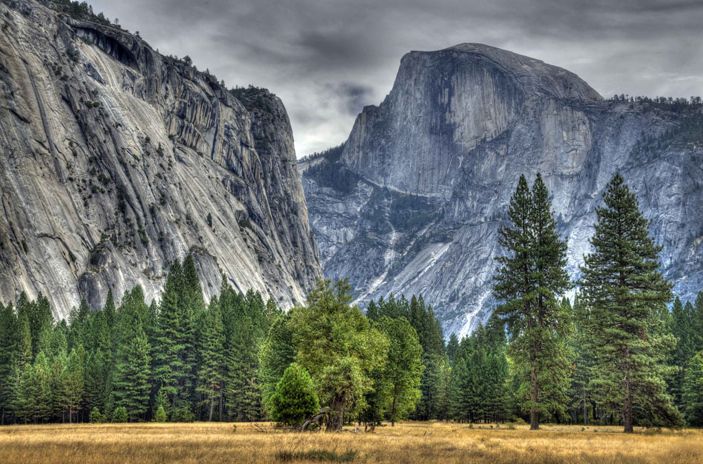 Yosemite-National-Park_Half-Dome